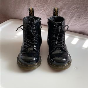 Toddler 9 dr Marten shiny black boots